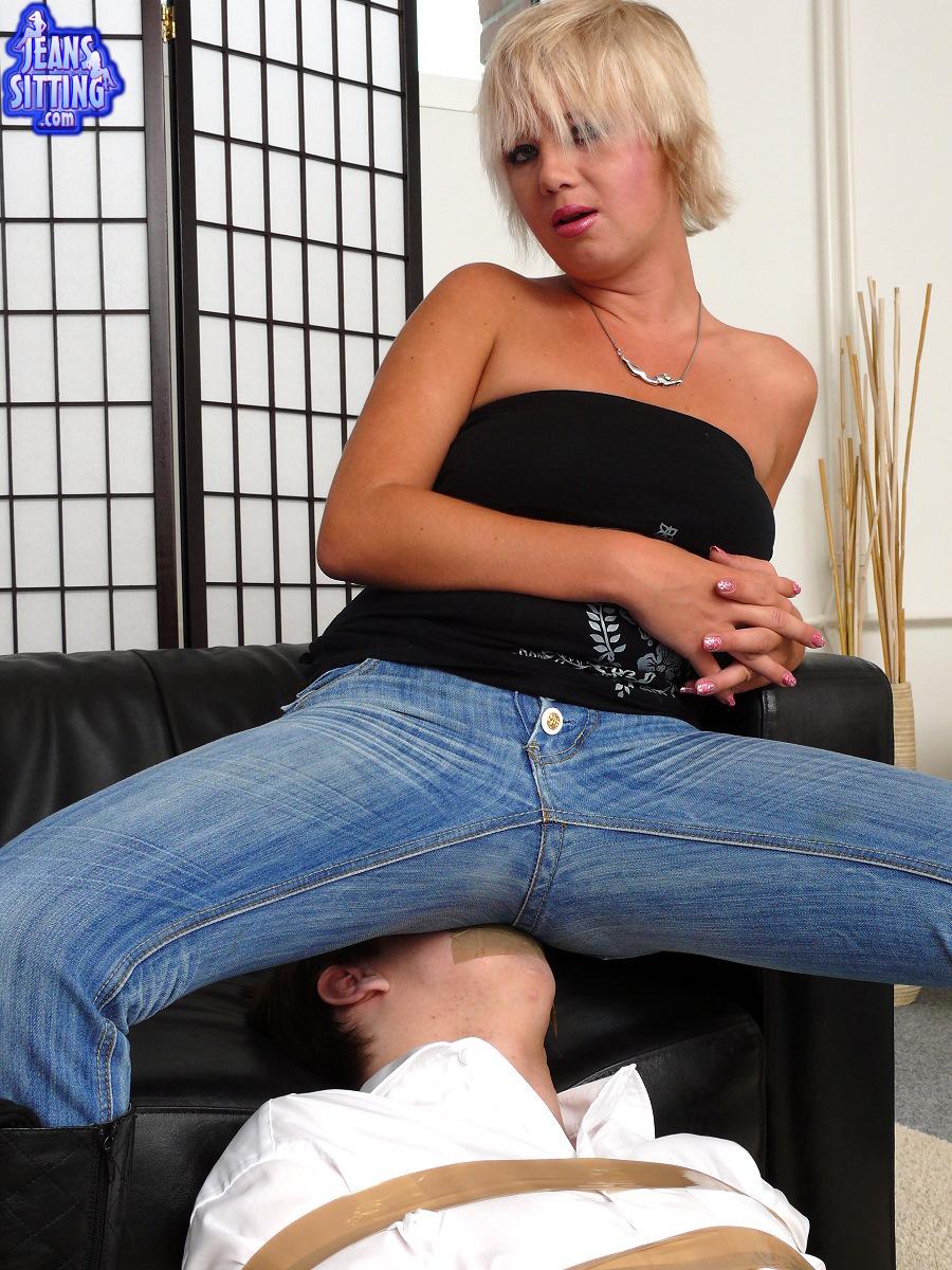 Jeanssitting Torture